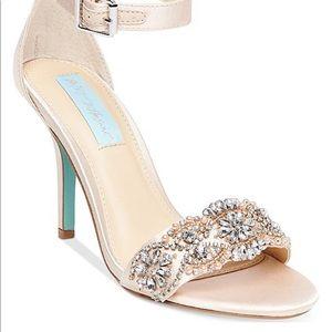 Betsy Johnson Gina Wedding Heels 8.5